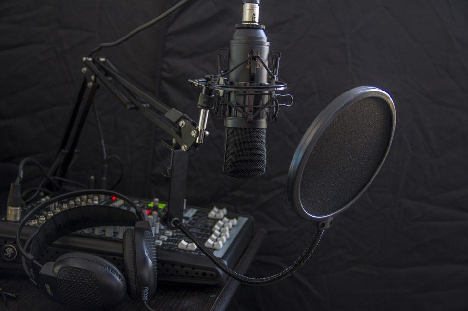 https://soukboard.com/wp-content/uploads/2020/04/microphone-616788_1280-960x639_c.jpg